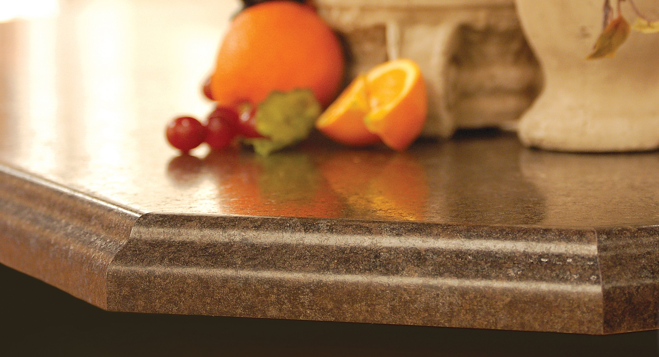 Countertop corner with fruit